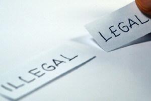 legalni i nielegalni - porównanie